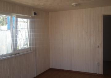 Комната и одно окно